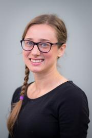 Dr Anna Aksamit