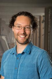 Dr Asaph Widmer-Cooper