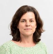 Dr Belinda Castles