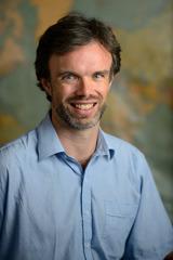 Dr Robert Cowan