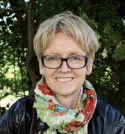 Dr Caroline Watts