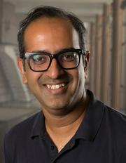 Dr Girish Lakhwani