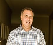 Dr Graham Hendry