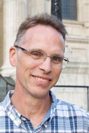 Dr Grant Logan