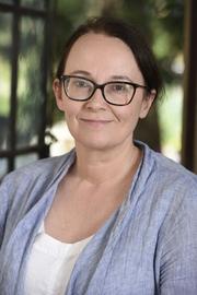 Associate Professor Jacqueline Norris