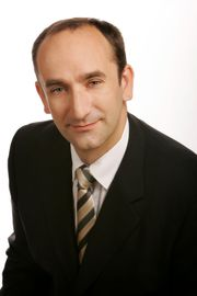Dr John Males