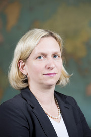Associate Professor Julia Kindt