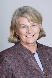 Associate Professor Lyn Fragar