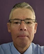 Dr Michael Veness