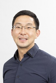 Associate Professor Peter Kim