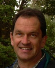 Associate Professor Peter Middleton