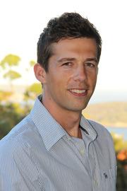 Associate Professor Simon De Graaf