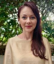 Dr Stephanie Mathieson