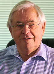 Emeritus Professor Stephen Leeder