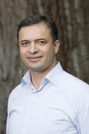 Associate Professor Veysel Kayser