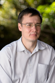 Dr Vladimir Smirnov